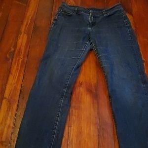 Ann Taylor Curvy Fit Jeans 10p